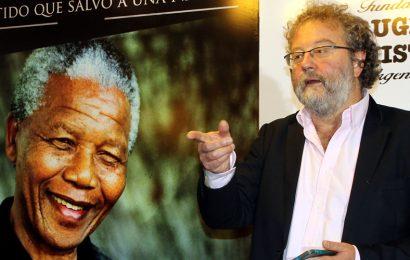 John Carlin: Nelson Mandela, el ejemplo de un hombre íntegro